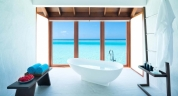 Anantara_Dhigu_Maldives_OverwaterSuite_Bath_View_01_1920x1037