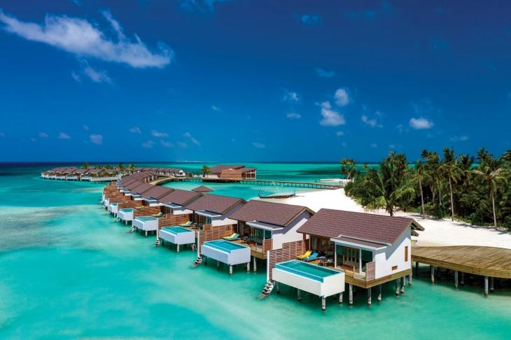 Atmosphere-Kanifushi-Maldives_POOLSIDE-THE _SUNSET_AT_DUSK