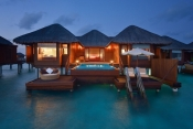 Huvafen-Fushi-Maldives_Ocean_Bungalow with Plunge Pool