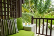 Kurumba-Maldives_Upper_Floor_Superior_Room_Balcony