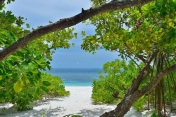 oblu-by-Atmosphere-helengeli-Maldives_Deluxe-Beach-Villa-09