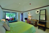 oblu-by-Atmosphere-helengeli-Maldives_BEACH-VILLA-001