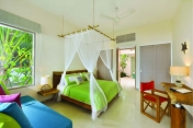 oblu-by-Atmosphere-helengeli-Maldives_Deluxe-Beach-Villa-005