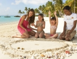 one-and-only-reethi-rah-maldives_KidsOnly Club - Crab Race