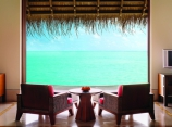 one-and-only-reethi-rah-maldives_Water Villa bedroom view