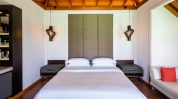 Sheraton-Full-Moon-Maldives_Water-Bungalow-Club-Water-Bungalow---Bedroom