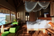 Six-Senses-Laamu-Maldives_Water_Villa_Interior2