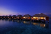 Velassaru-Maldives_Water Villa Night